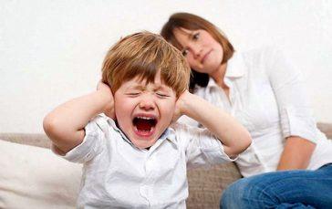 Детские истерики. Причины и методы борьбы.